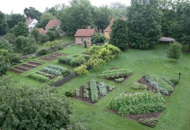The Miksch and Triebel Gardens at Old Salem