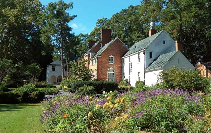 Weymouth Center Gardens in Southern Pines